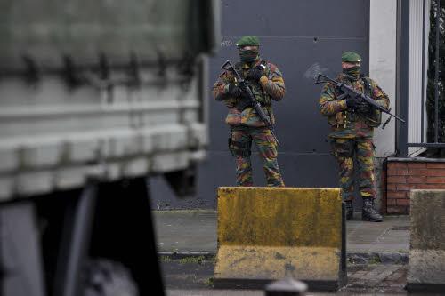 Rapport de la commission d'enquête sur les attentats du 22 mars: un équilibre délicat entre sécurité, prévention et droits fondamentaux